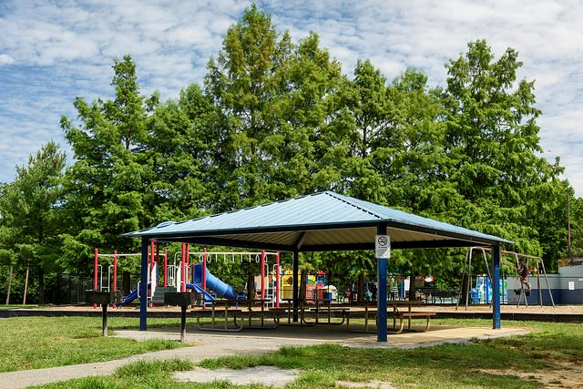 north barnaby splash park park shelter